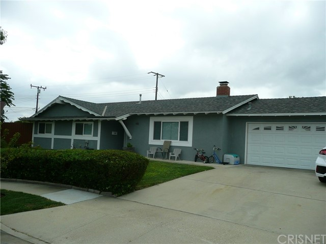 This tastefully remodeled home has many upgrades including newer roof, windows, flooring, AC unit, kitchen and more.  Situated on a cul d sac with a large lot and mountain views in a desirable neighborhood.  Nearby schools, shopping and transportation make its location ideal.  Price reflects sellers motivation.  Show and sell today.