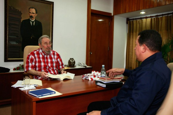 https://i1.wp.com/media.cubadebate.cu/wp-content/uploads/2010/08/fidel-chavez-3-580x386.jpg