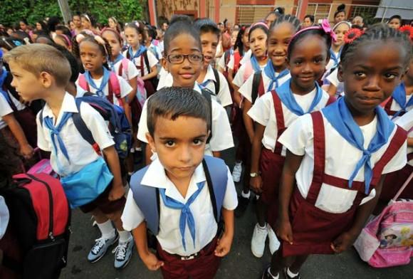 Comienza el curso escolar en Cuba. Foto: EFE