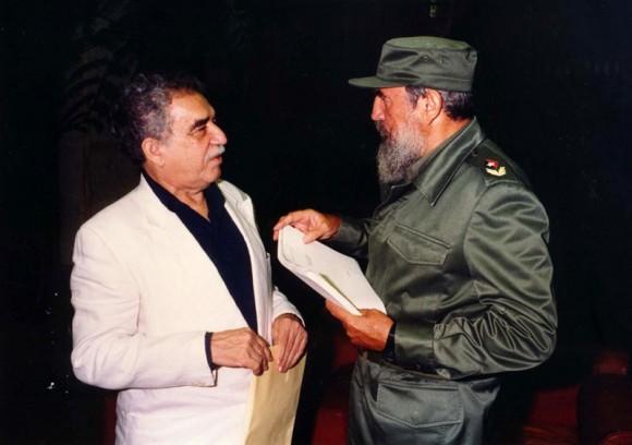 Fidel y García Márquez en La Habana.