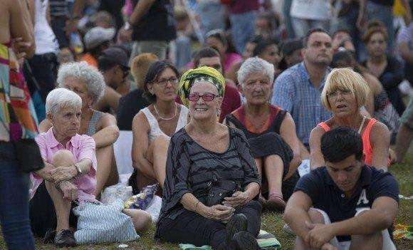 Un público de todas las edades. Foto: Ismael Francisco / Cubadebate.