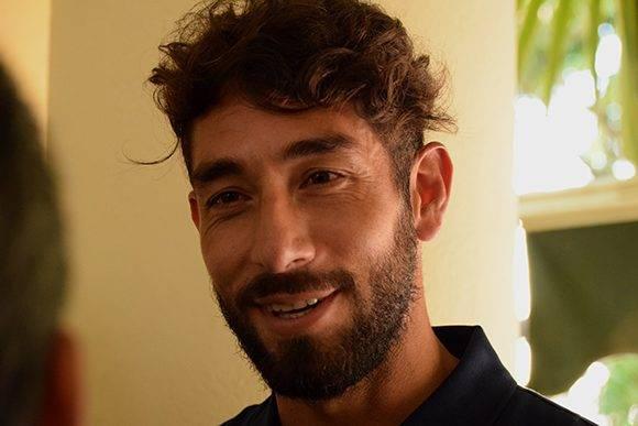 Juan admiró los logros del deporte cubano. Foto: Cinthya García Casañas/ Cubadebate.