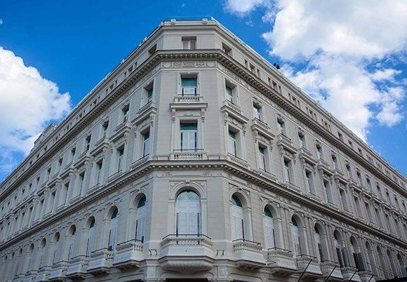 Vista del Gran Hotel Manzana Kempinski La Habana, situado en el casco histórico de esa ciudad y próximo a inaugurarse. Cuba, 10 de marzo de 2017. ACN FOTOS/Abel PADRÓN PADILLA/sdl
