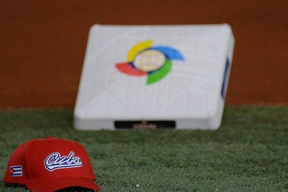 La selección cubana tendrá que salir por todo en los dos partidos que le restan. Foto: Ricardo López Hevia.