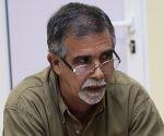 Daniel Rafuls Pineda durante la grabación del podcast de Cubadebate. Foto: José Raúl Concepción/ Cubadebate.