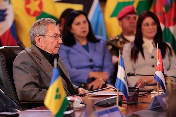 El presidente de Cuba, Raúl Castro, durante la XIV Cumbre ALBA-TPC. Foto: @vencancilleria.