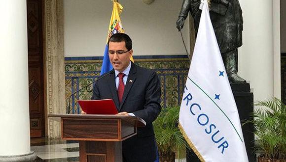 El Gobierno Bolivariano ha denunciado una arremetida de los países gobernados por la derecha, entre ellos Argentina, Brasil y Estados Unidos. Foto: @vencancilleria
