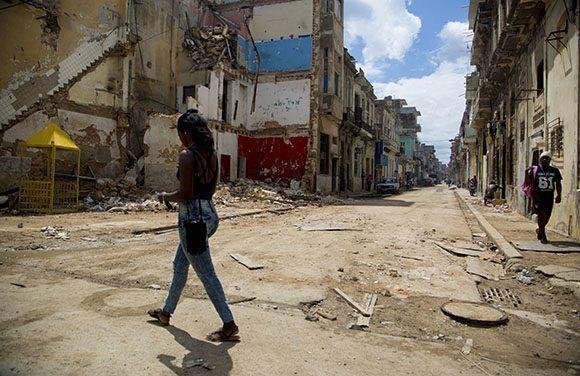 Calles de Centro Habana afectadas por el Huracán Irma. Foto: Jennifer Romero/ Cubadebate.