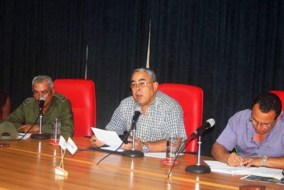 Luis Torres Iríbar, presidente del Consejo de Defensa Provincial, expuso que deben preverse el impacto real del evento y actuar en consecuencia y con racionalidad para salvaguardar a la población y los bienes de la economía.