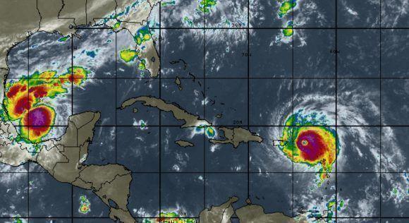 El huracán Irma avanza ahora sobre Puerto Rico, a partir del viernes comenzaría a afectar el oriente de Cuba. Image: Intellicast/ Vía INDMET Cuba.