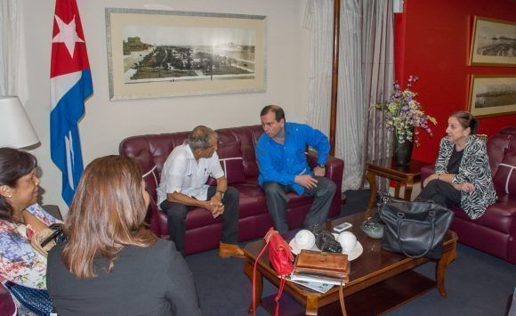 Reciben en Cuba a Oscar López Rivera