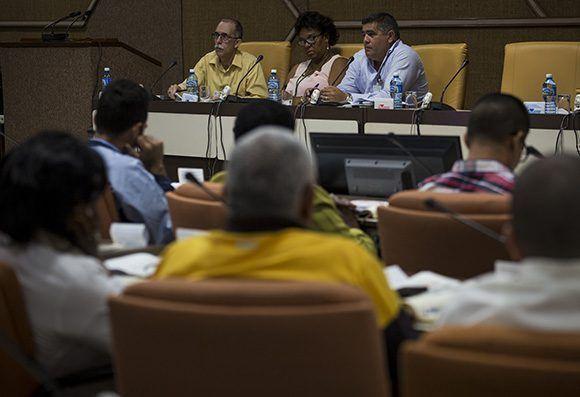 Inicia trabajo en comisiones de la ANPP. Foto: Irene P~erez/ Cubadebate.