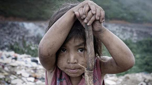 La pobreza, no obstante, sigue teniendo rostro de niños y mujeres en América Latina. Foto: UNICEF.