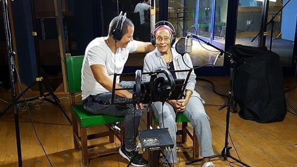 """El grupo cubano Buena Fe, Omara Portuondo y Yomil y el Dany acaban de estrenar en Facebook su nuevo video clip """"Música Vital""""."""