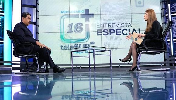 Maduro reiteró toda la solidaridad con su homólogo cubano Miguel Díaz-Canel, durante una entrevista especial concedida al canal multinacional Telesur. Foto: tomada de la cuenta en Twitter de Telesur.