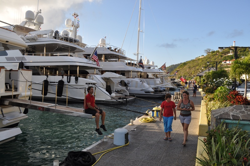 Slideshow Luxury Yachts Make Waves In St Barts As Texas