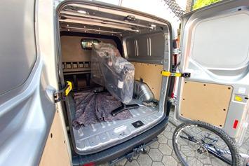 Peloton-BikePlus-Delivery