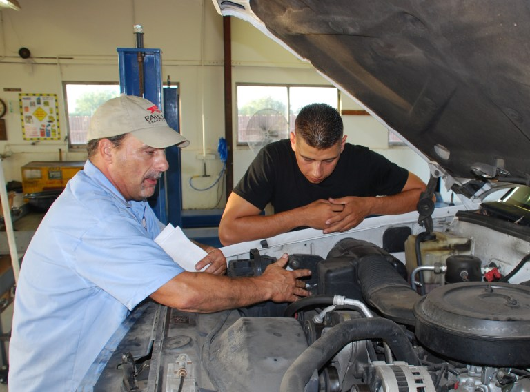 Auto Skills Center Offers Basic Auto Maintenance Course Sheppard Air Force Base Article Display