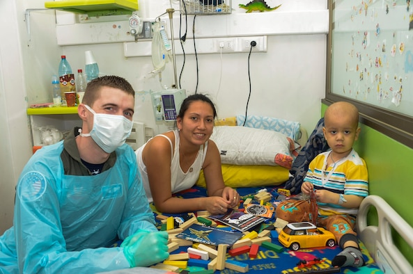 AFSOUTH team members spend time with children in hospitals ...