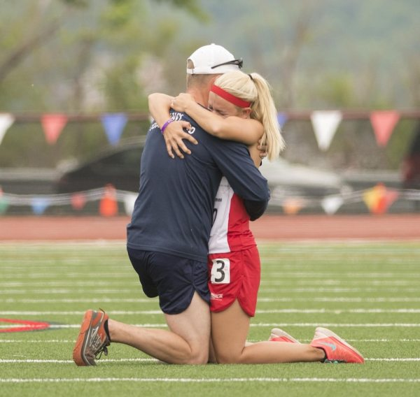 Runners Get Engaged at DoD Warrior Games, Dedicate Medal ...