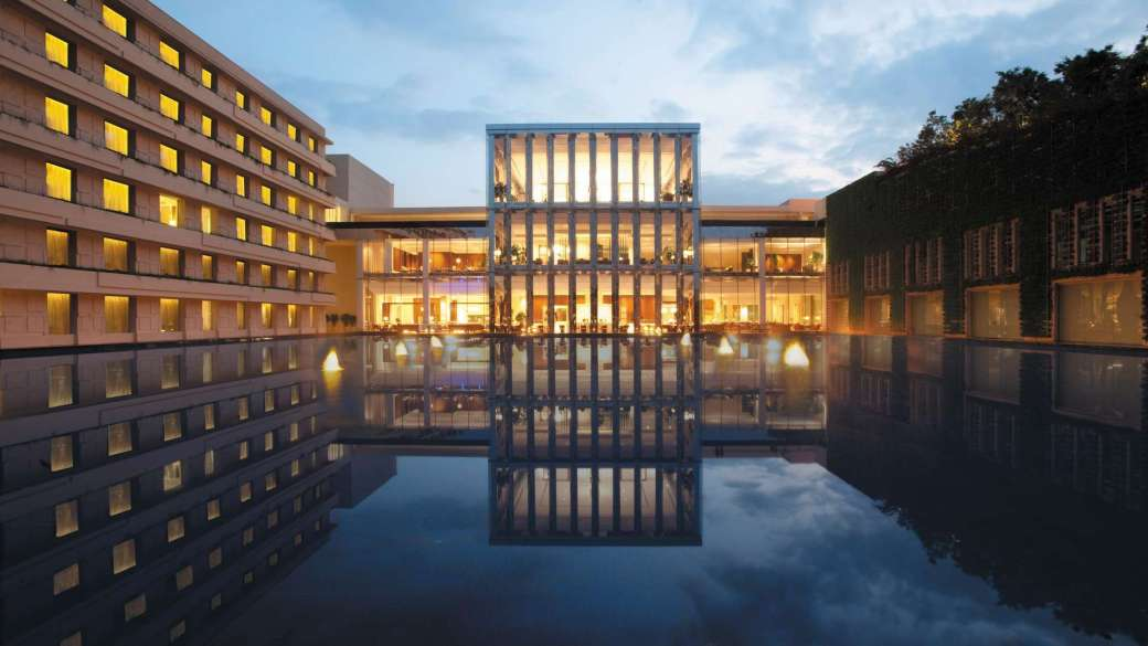 The Oberoi Gurgaon, Delhi Facilities - Information about the The ...