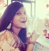 Shreya Bilagi, Design Cafe home interiors blogunda içerik yazarıdır.