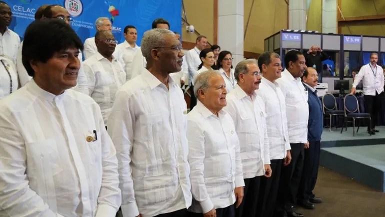 Pocos mandatarios en la foto de familia de la Cumbre CELAC. Punta Cana