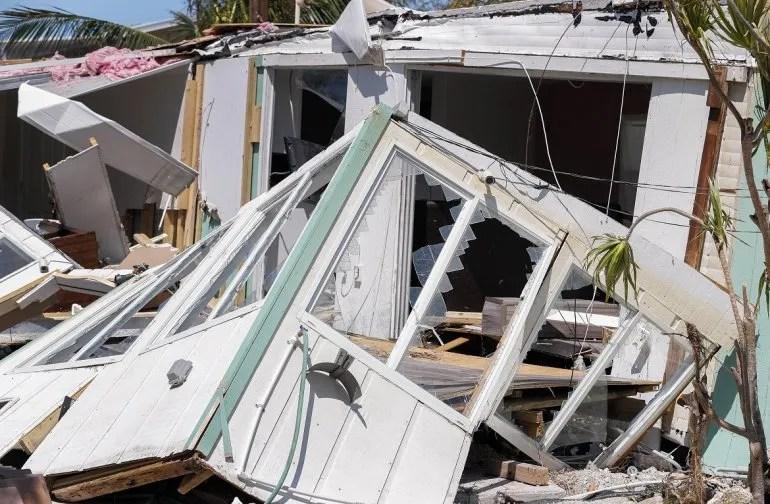 Fotografía de una casa destruida tras el paso del huracán Irma en Marathon, uno de los Cayos de Florida.