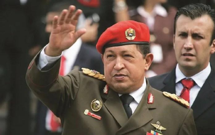 Hugo Chávez designó ministro de Interior a Tareck El Aissami en 2008.
