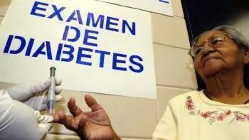 Foto de archivo de un examen de diabetes.