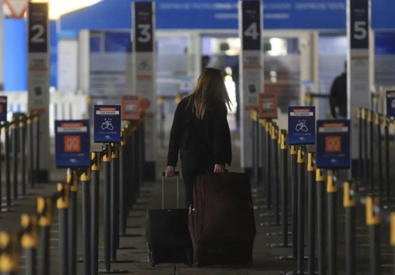 DNU: el aislamiento corre por cuenta de los pasajeros.