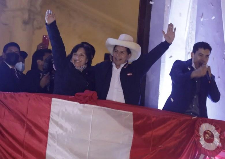 Fernández participará de la asunción de Pedro Castillo, presidente de Perú.