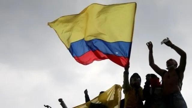 Colombia: protesta por reforma tributaria.
