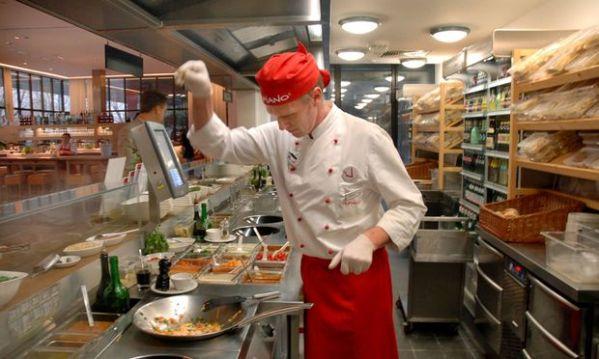 Pizzakette Vapiano will in 214sterreich Bedienung testen