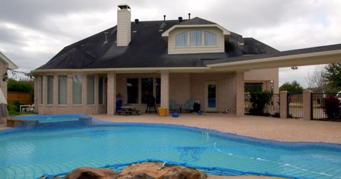 busby-new-house-1591119885322.jpg