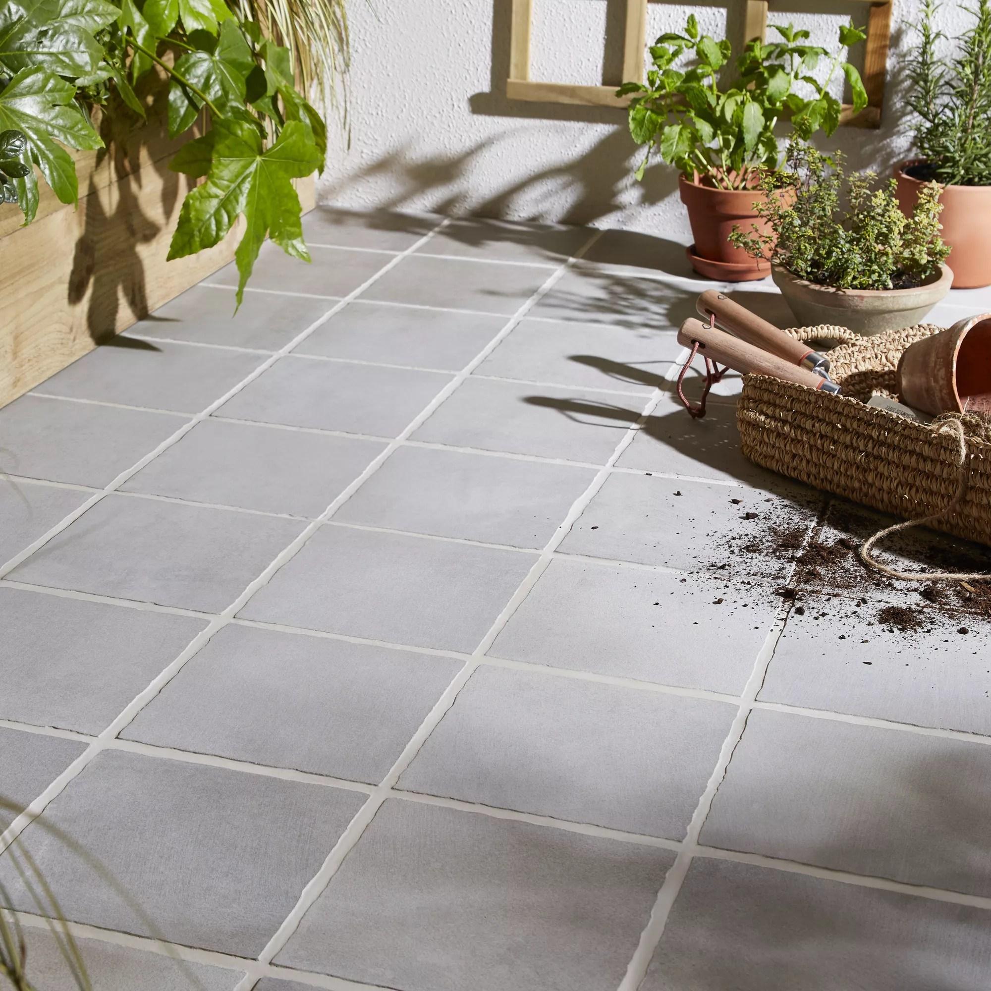 aged grey matt stone effect porcelain outdoor floor tile pack of 8 l 200mm w 200mm