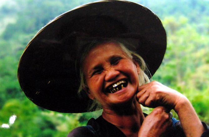 Ngày Quốc tế Hạnh phúc: Ngắm những nụ cười yêu đời - Ảnh 1