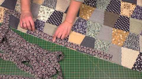 Patchwork dengan tangan Anda sendiri: bahan dan urutan pekerjaan