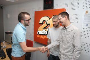 piticu21 la radio21 simply positive-0012