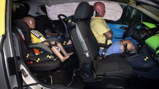 crash test ford b-max koln (446)
