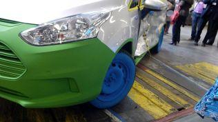 crash test ford b-max koln (532)