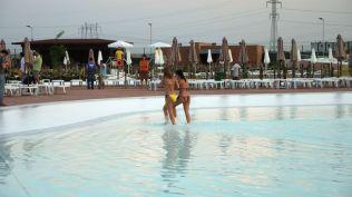 la plaja divertiland militari chiajna outlet aqua park bucuresti (112)