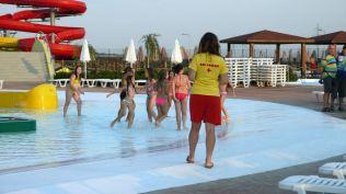 la plaja divertiland militari chiajna outlet aqua park bucuresti (17)