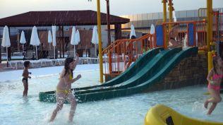 la plaja divertiland militari chiajna outlet aqua park bucuresti (55)