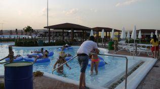 la plaja divertiland militari chiajna outlet aqua park bucuresti (8)