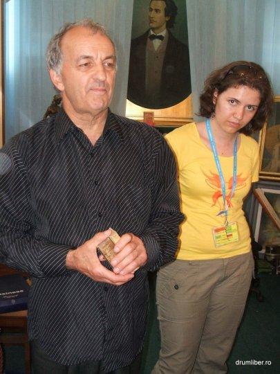 Cele mai mici cărți din România 10