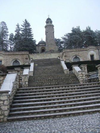 Mausoleul Mateias