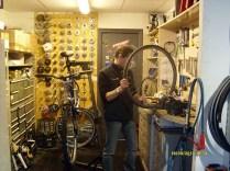 reparatie la bicicleta