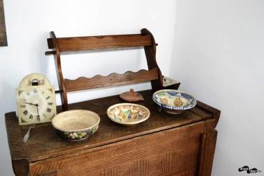 Farfurii din ceramică realizate local