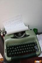 Mașina care scrie de mână la Hostel Costel din Timișoara